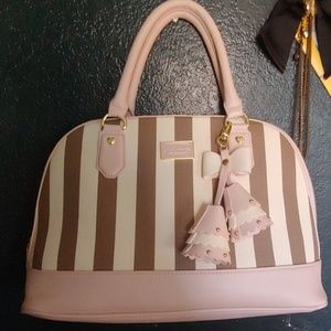Perfect condition Betsey Johnson large handbag